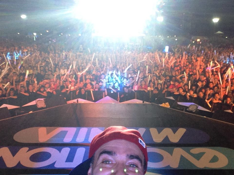 30.000 screaming fans selfie...MTV Evolution Concert (Manila,Phillipines)