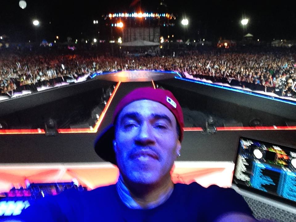 30,000 people selfie...%22When I Say Cash ,Ya'll Say Money%22